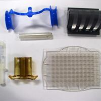 sample parts from injection molds manufactured by EMD